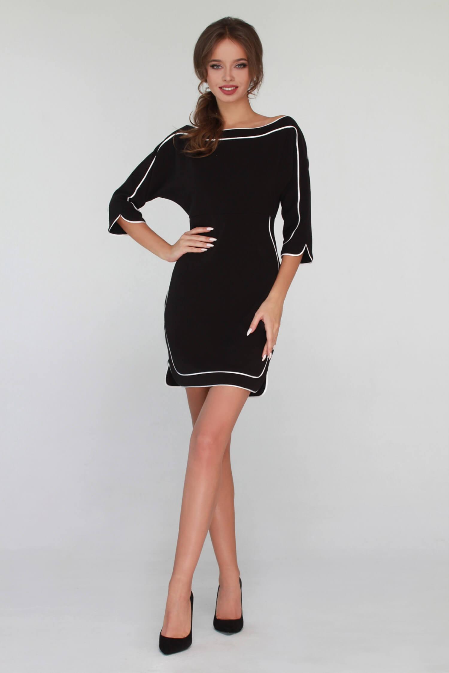 Платье черно