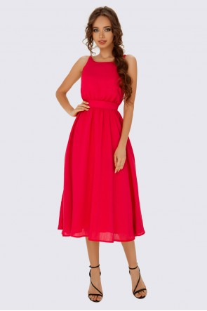 Платье алое с пышной юбкой