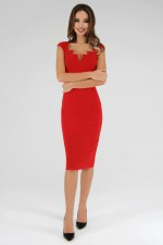 Платье красное с декольте