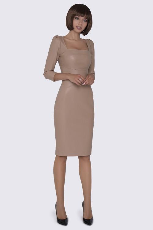 Платье кожаное бежевое футляр