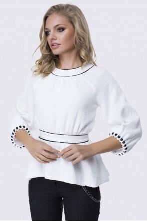 Блузка белая с широкими рукавами