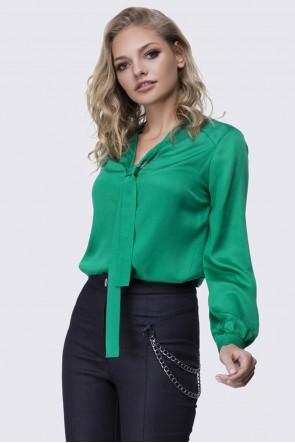 Блузка ярко-зеленая с галстуком