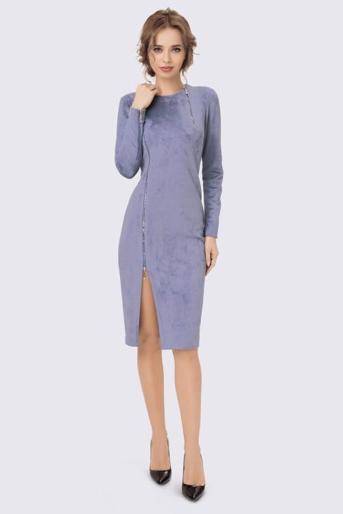 Платье нежно-голубое с разрезом