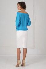 Блузка голубая с открытыми плечами